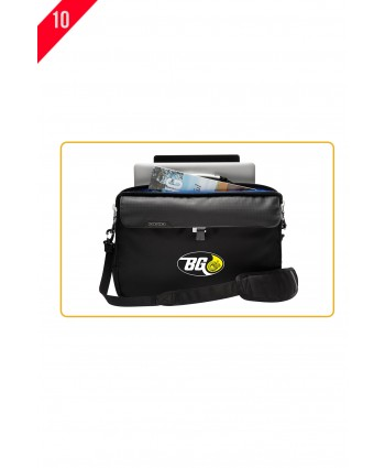 OGIO® PURSUIT MESSENGER A6-0026